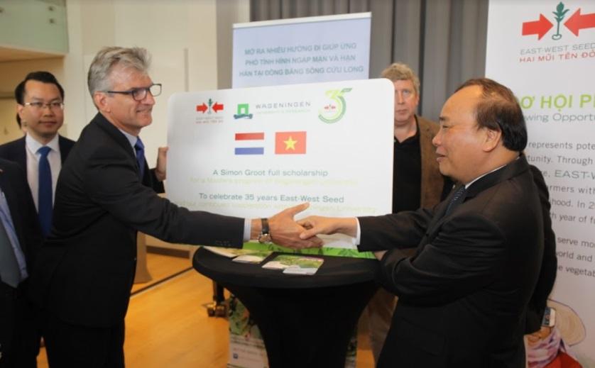 EWS Scholarship for Vietnamese agri student